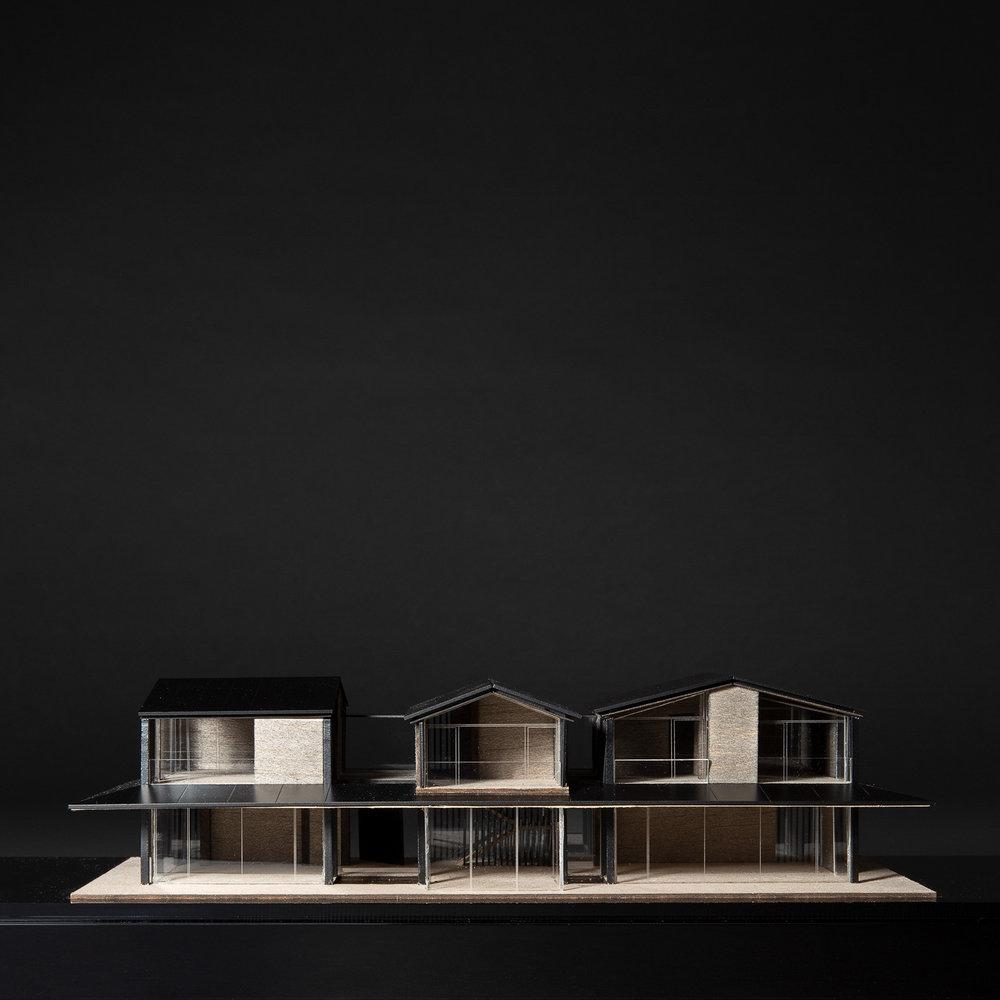 MR - Glass house (_Q4A1429).jpg