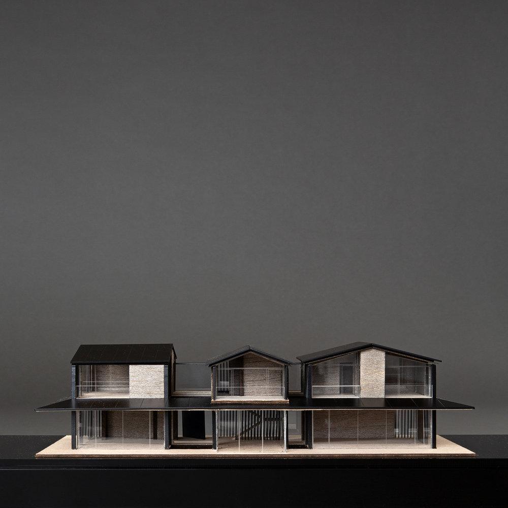 MR - Glass house (_Q4A1439).jpg
