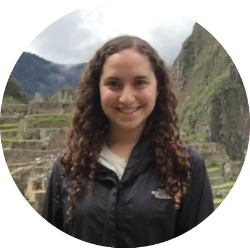 E  lizabeth Frank (elizabeth@mealflour.org)  graduated from the University of Chicago in 2016 with a B.A in the History of Science and Medicine. In 2015, as a Global Health Fellow, she worked in Ibadan, Nigeria as a clinical researcher for an international NGO on household air pollution. In Chicago, Elizabeth worked to develop several local start-ups that range from supporting green and sustainable business to improving access to social services.