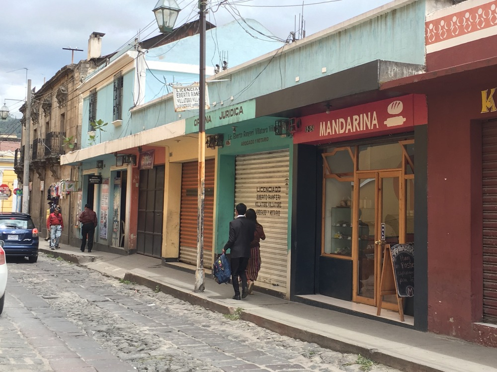 La Mandarina, our partner bakery in Xela