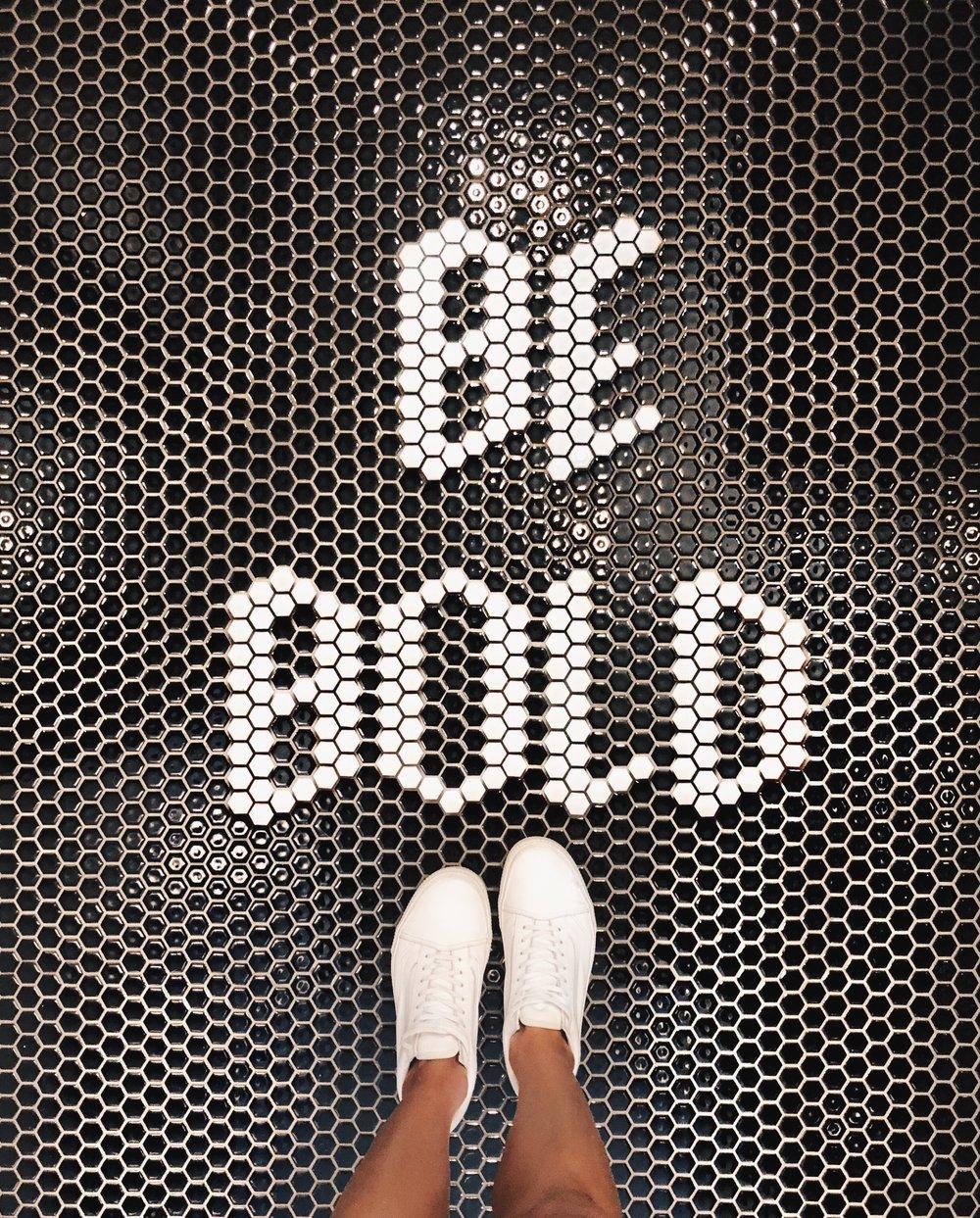 be bold sign.JPG