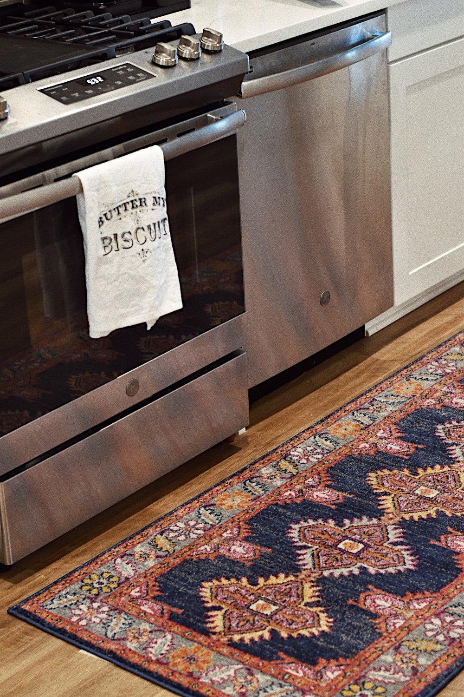 boho kitchen rug.JPG
