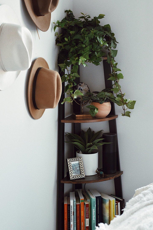 wooden corner shelf.JPG