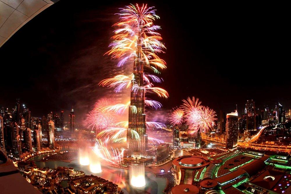 Burj+Khalifa+Fireworks10.JPG