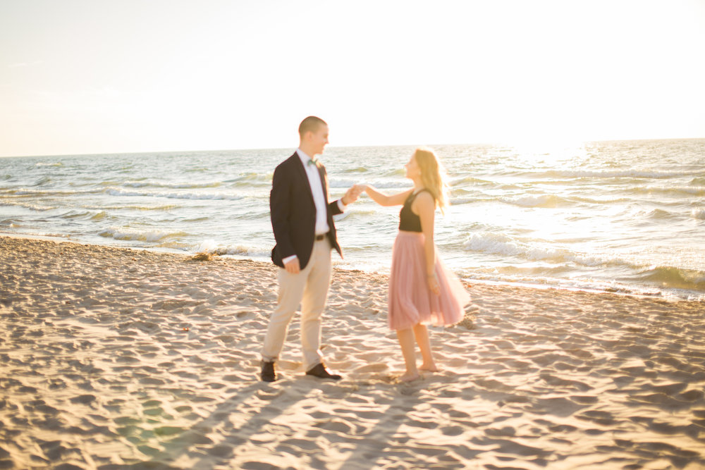 Silver Beach - Marissa & Chris are engaged and their shoot was everything far from amazing!