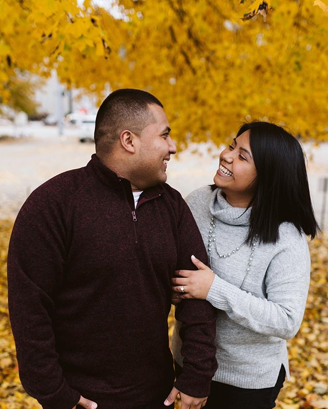 hi, it was 35° out with the windchill making it about 25° and somehow these two were still all smiles. Hope your Wednesday was great. I'm also shook that Saturday is my last wedding of 2018 making it my 25th wedding of the year and 38th ever wedding. Whaaat?! 🏃🏽‍♀️Chase your dreams friends, and chase your passions!