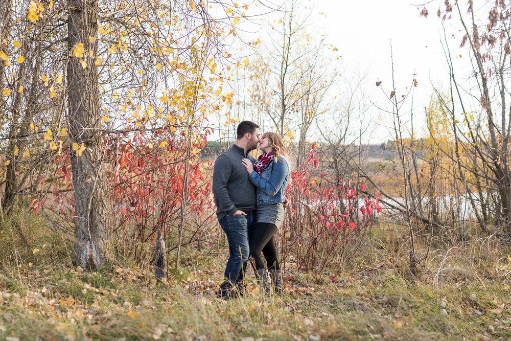winnipeg-engagement-birdshill-park-12.jpg