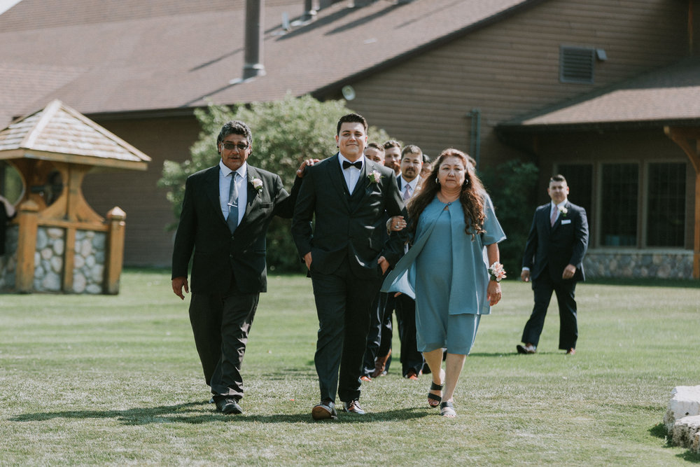 Bridge's-golf-club-wedding-winnipeg-34.jpg