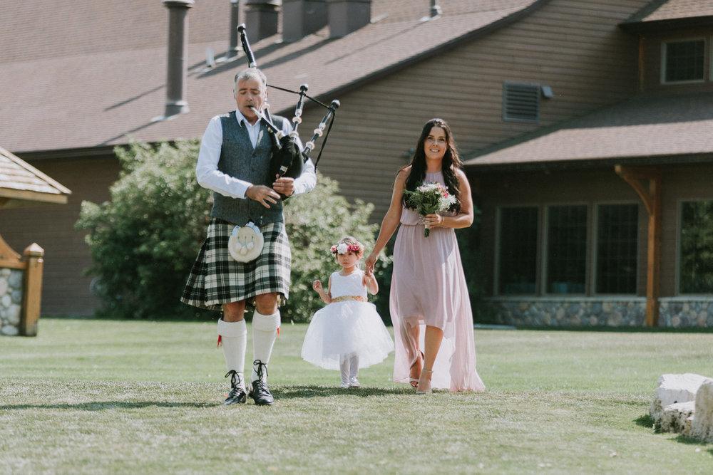 Bridge's-golf-club-wedding-winnipeg-36.jpg