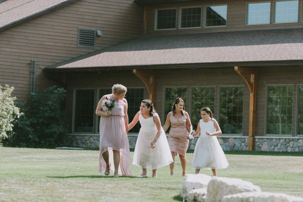 Bridge's-golf-club-wedding-winnipeg-37.jpg