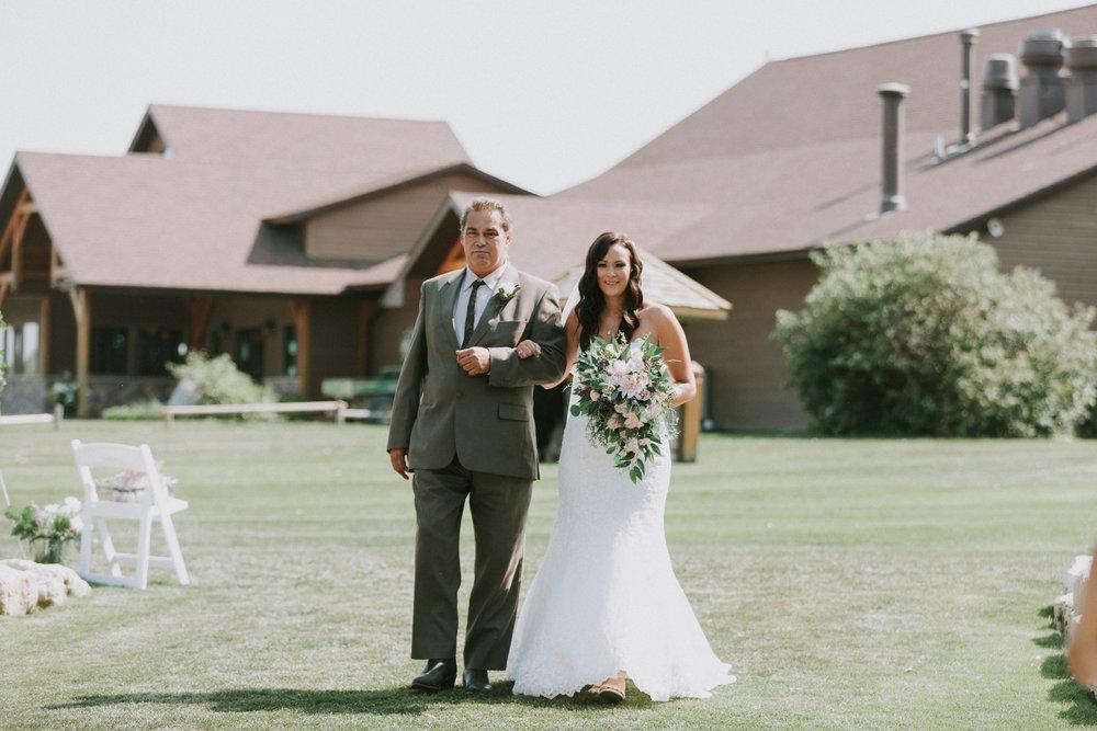 Bridge's-golf-club-wedding-winnipeg-41.jpg