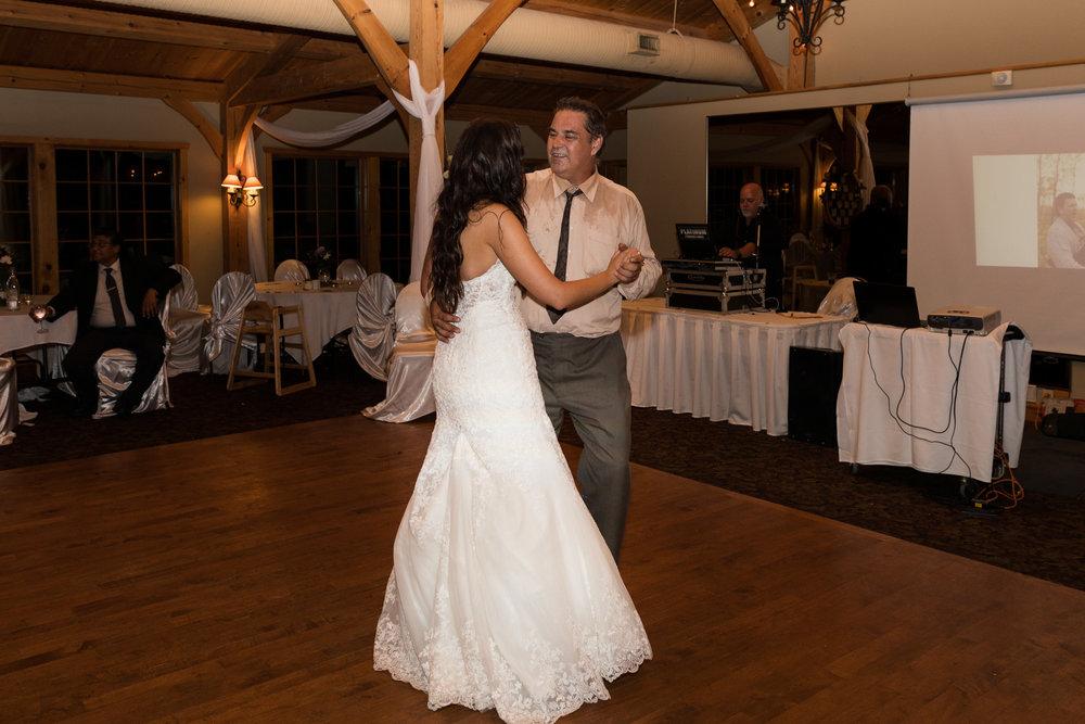 Bridge's-golf-club-wedding-winnipeg-102.jpg