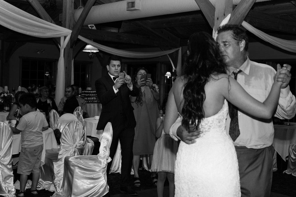 Bridge's-golf-club-wedding-winnipeg-103.jpg