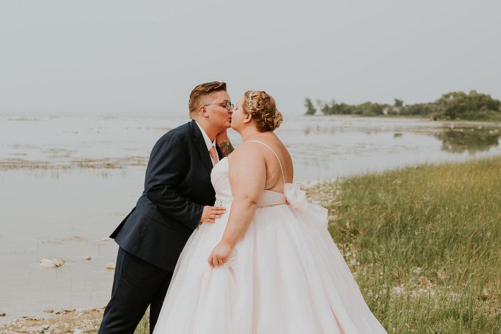 winnipeg-beach-wedding-42.jpg