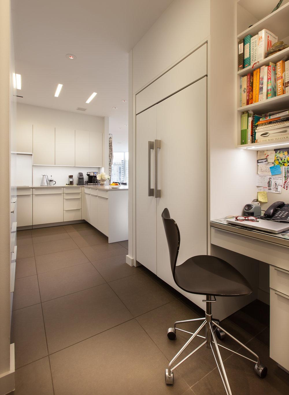 Trtle Crk Desk to Kitchen 1.jpg