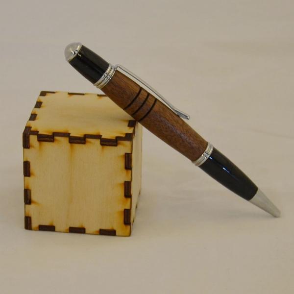 Walnut Gatsby Pen - The cube is 2