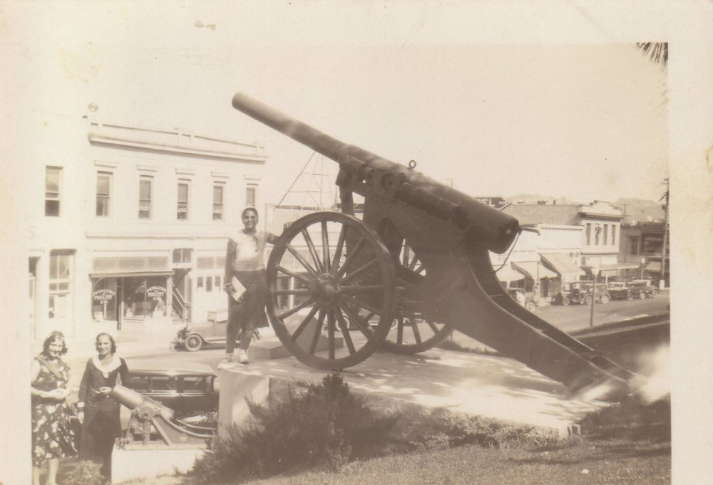WWI cannon and monument were installed in 1920. Photo courtesy of the Petaluma Historical Library and Museum.