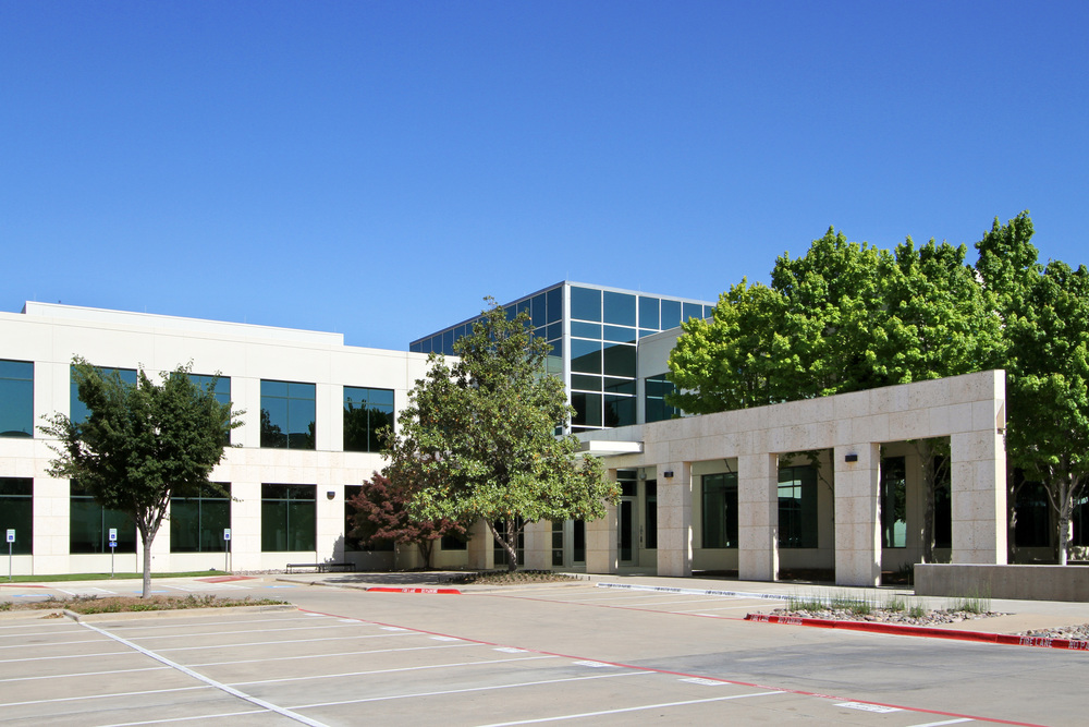 6500 International Parkway 4,159 - 33,652 SF Available