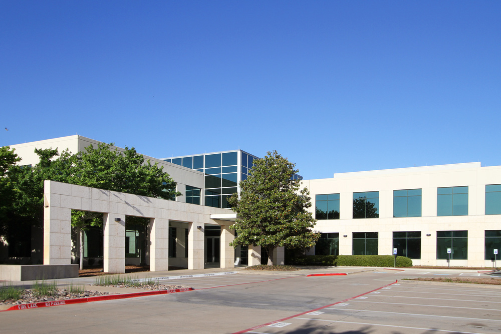 6504 International Parkway 6,942 - 35,383 SF Available