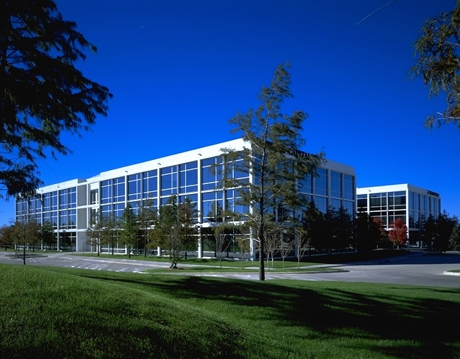 4000 International Parkway 6,942 - 35,383 SF Available