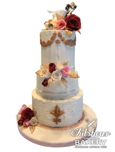 A beautiful wedding cake by Lori Pope
