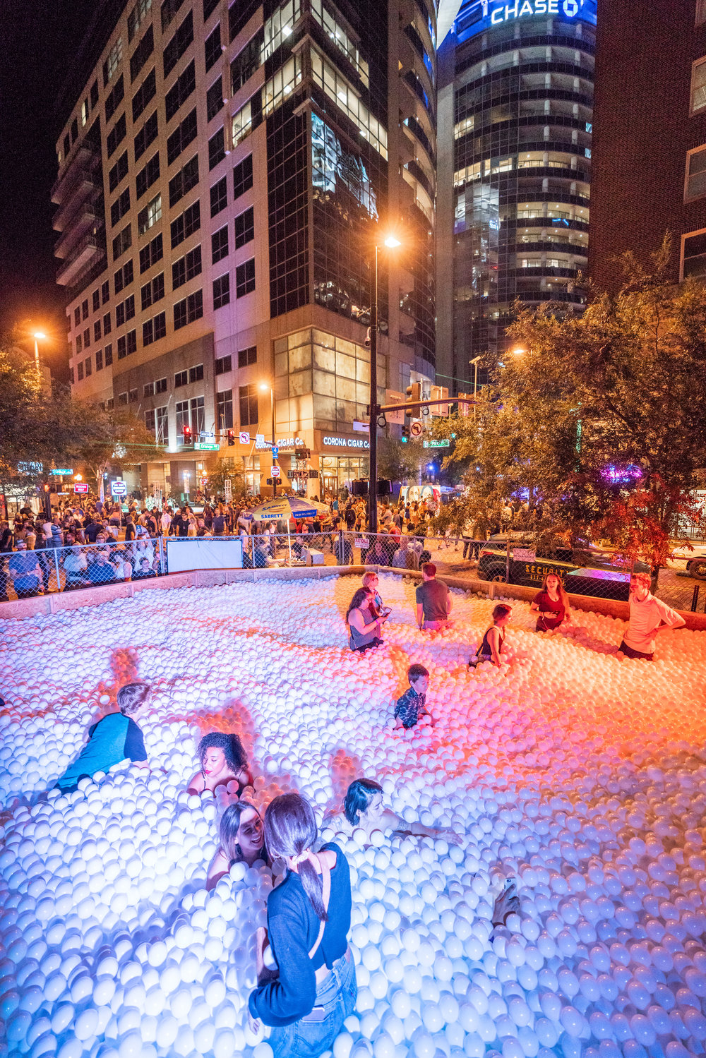 The Giant Ball Pit (photo : Quay Hu) Download  here .