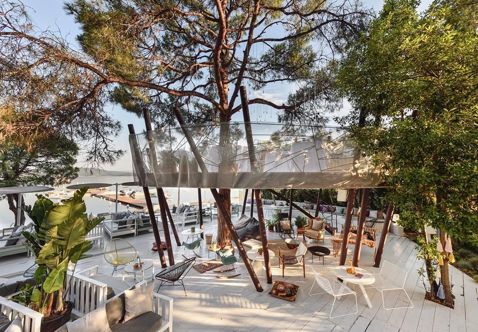 Ekies All Senses, Greece