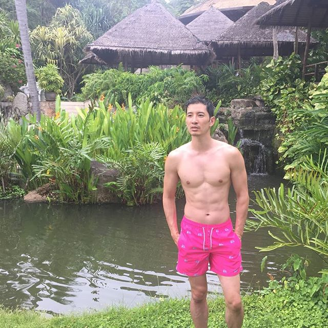Magical kingdom #veganlife #veganmodel #thailand #tuktuk #rainforest #zenmaster #peaceful #swimshorts #swimwearmodel #nomoremeat #christmasshopping