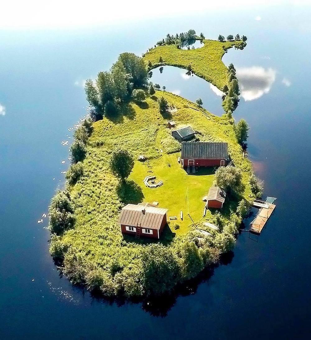 Rovaniemi, Finland by   @janiylinampa