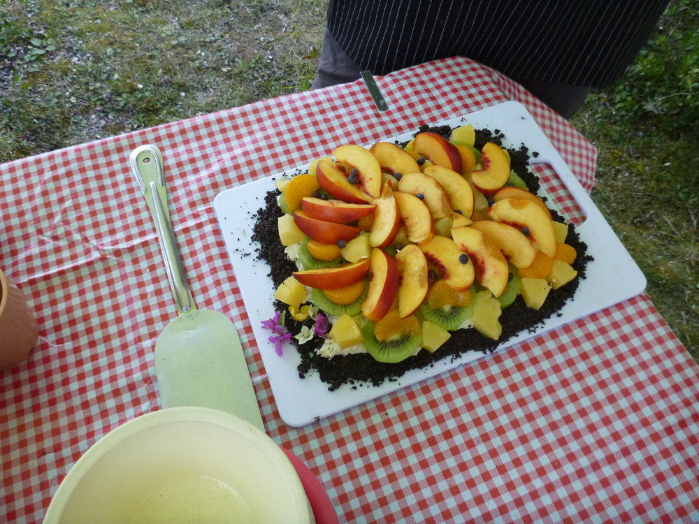 Mountain River Fruit Pizza.jpg