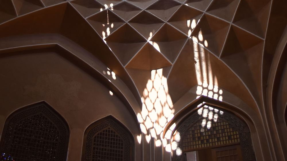 Iran-Yazd-Dowlatabad-Garden-light.jpg