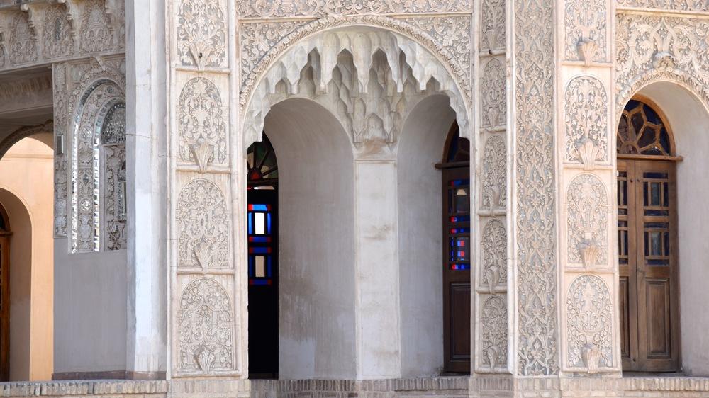 Iran-Kashan-Tabatabaei-entrances.jpg
