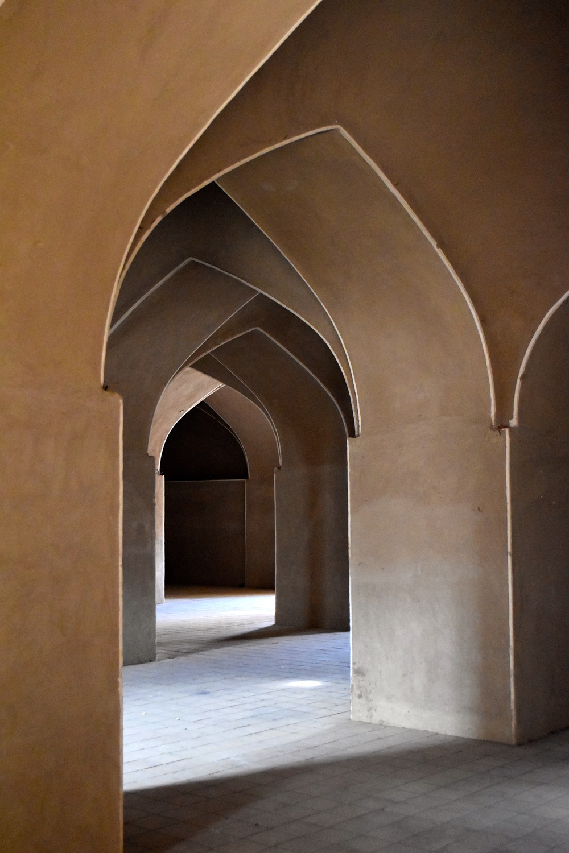 Iran-Kerman-Rayen-citadel-arches.jpg