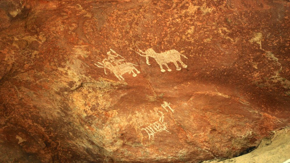 India-Madhya-Pradesh-Bhimbetka-cave-paintings.jpg