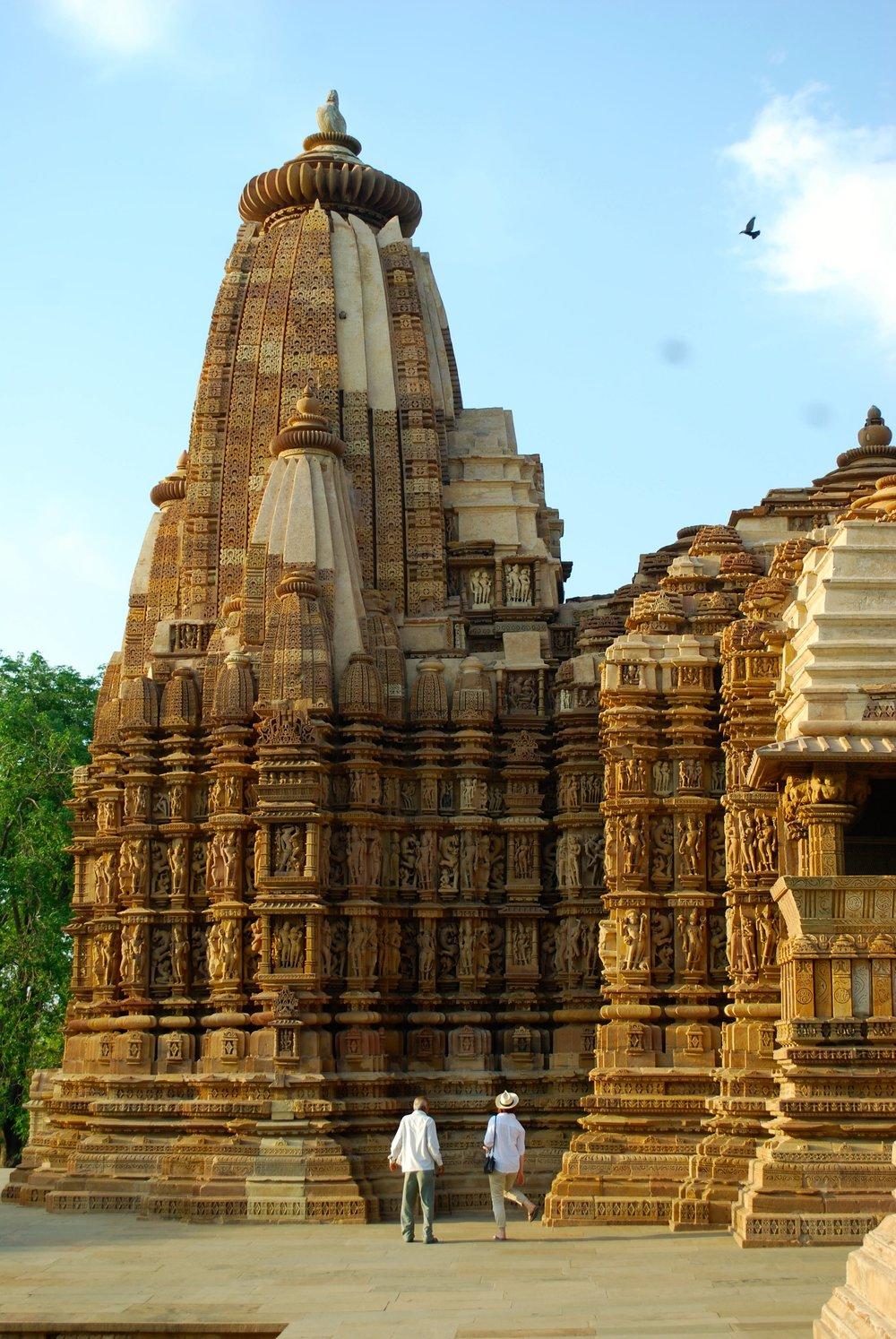 India-Madhya-Pradesh-Khajuraho-temple.jpg