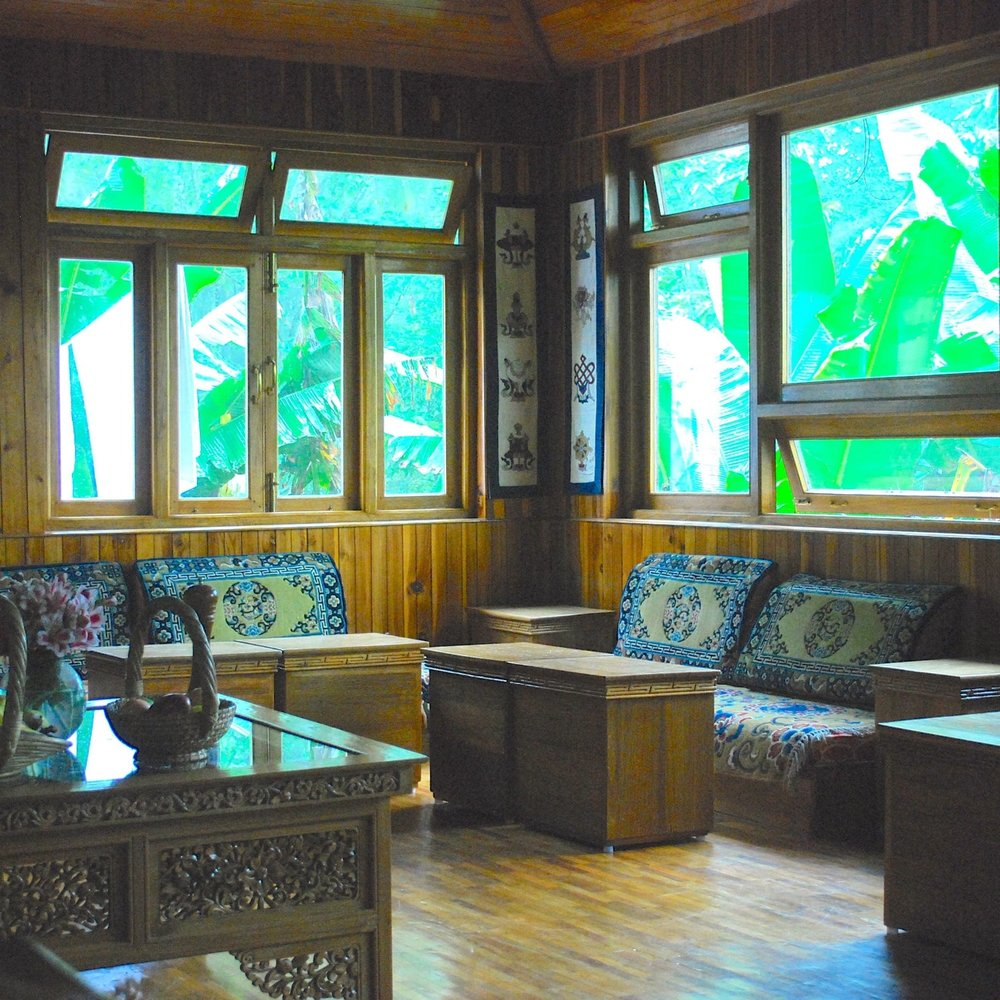 India-Yangsum-Farm-dining-room.jpg
