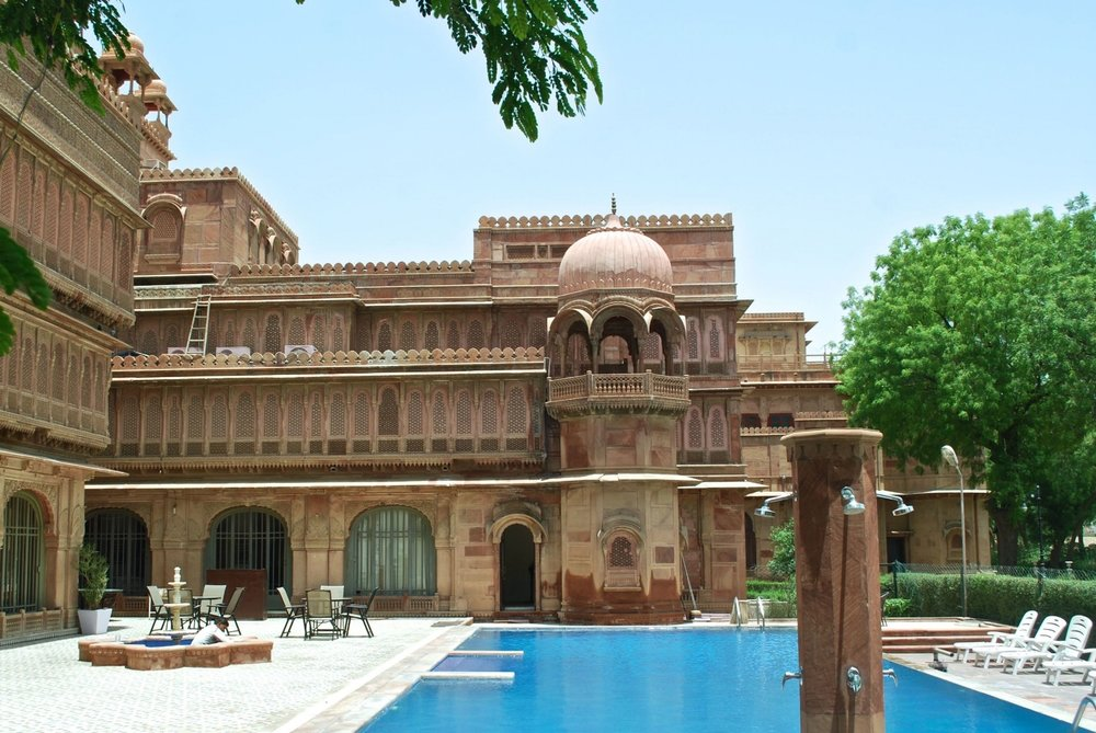 India-Bikaner-LakshmiNiwas-pool2.jpg