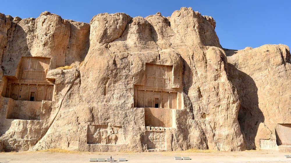 Iran-Persepolis-Necropolis.jpg