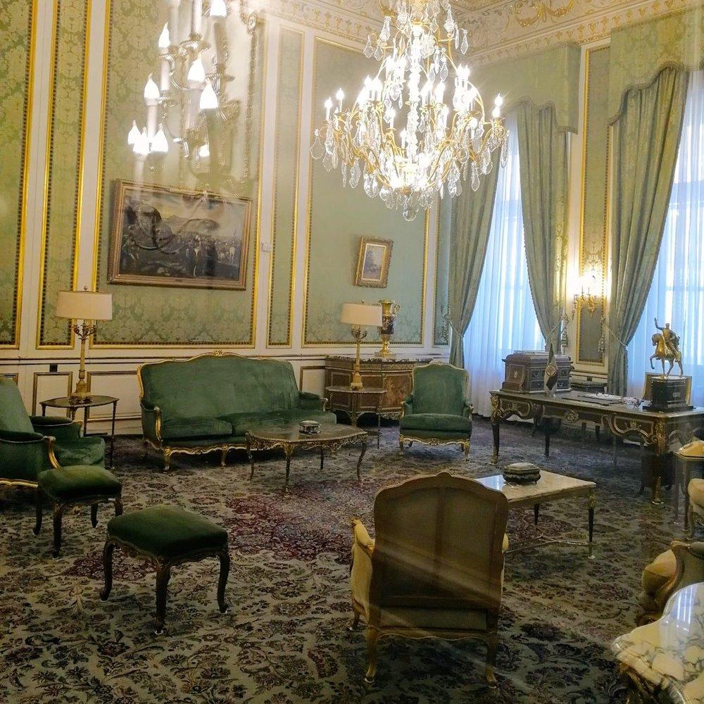 Iran-Tehran-Sa'adabad-palace.jpg