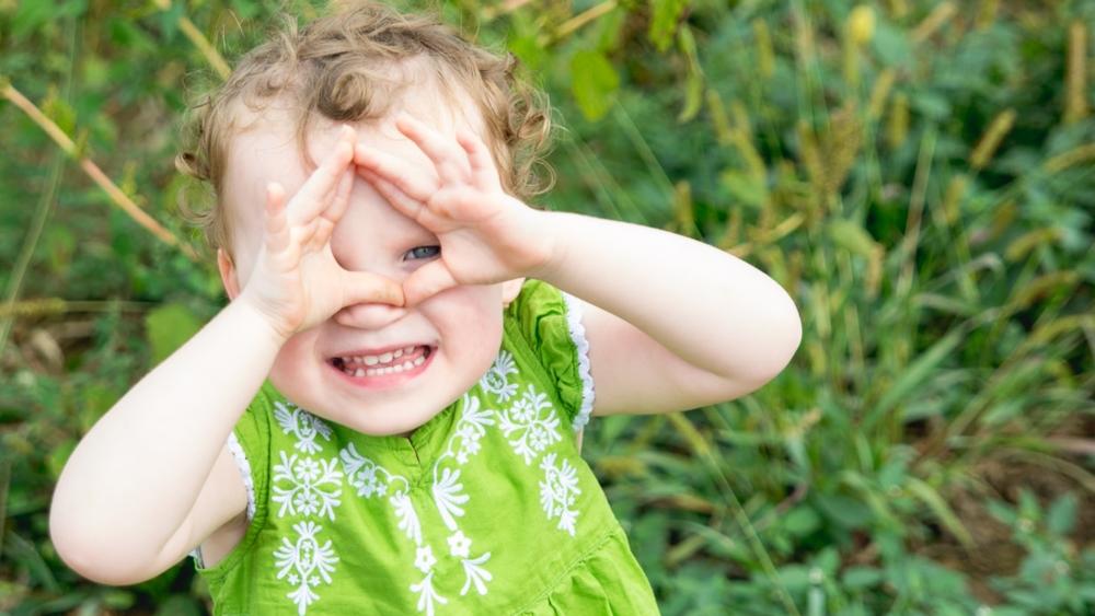 toddler-peek a boo