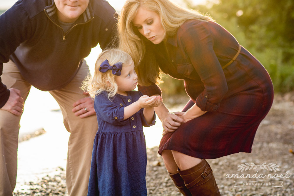 Springfield OH Lifestyle Maternity Family Photographer | Amanda Noel Photography | sunset beach maternity session with toddler sister