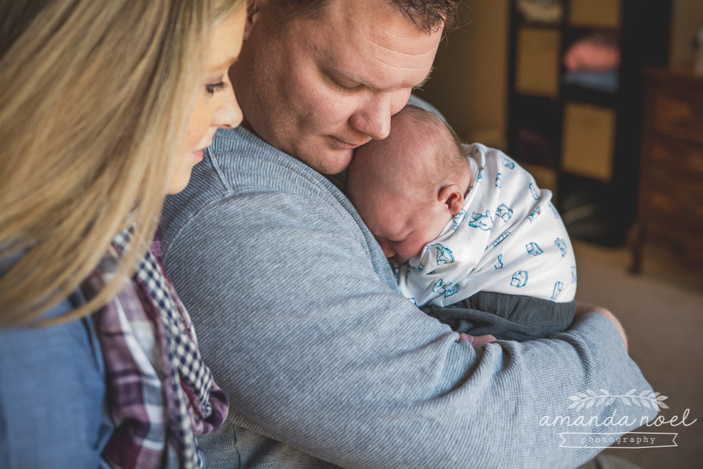Springfield Ohio Lifestyle Newborn Photographer | Amanda Noel Ph