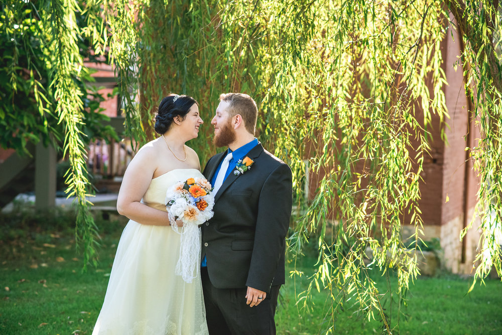 Columbus Ohio Wedding Photographer | Outdoor wedding