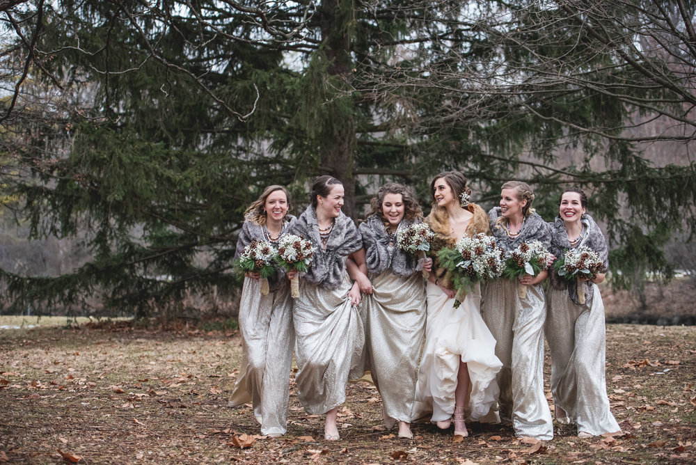 Columbus Ohio Wedding Photographer | winter bride and bridesmaids