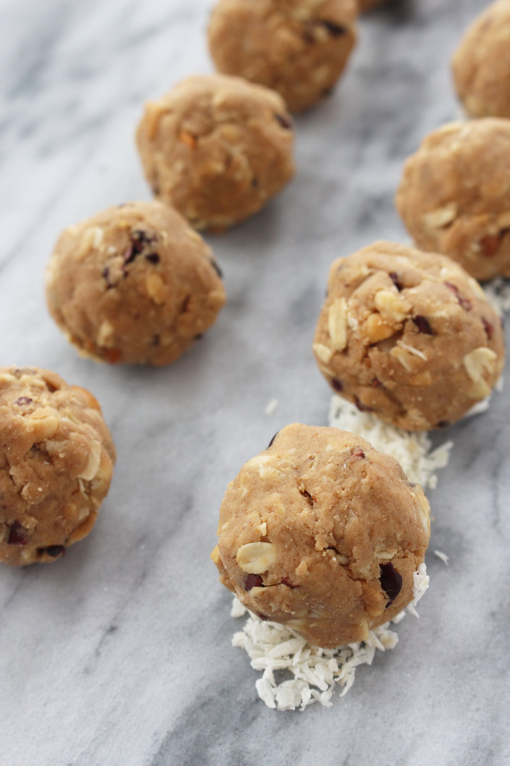 healthy-peanut-butter-protein-balls-recipe