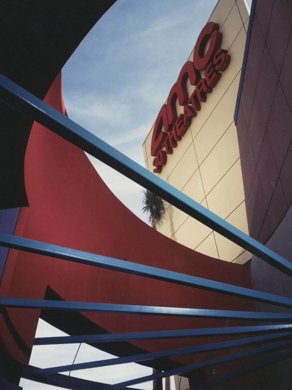 Edwards Ontario Palace Stadium 22 amp IMAX Theatre  Ontario