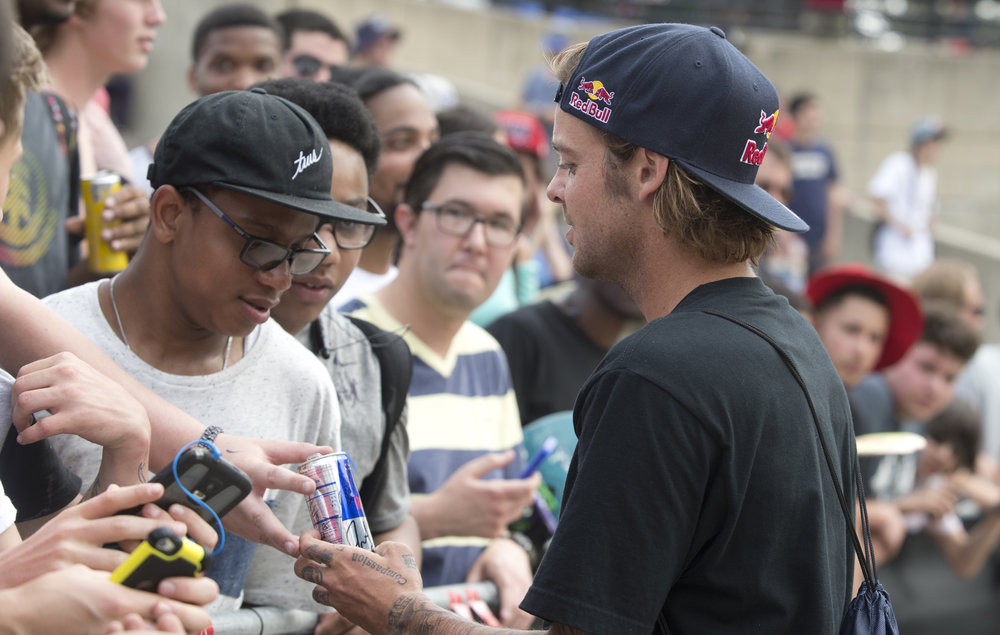 Ryan Sheckler signs autographs for fans - Photo Mike Blabac.jpg
