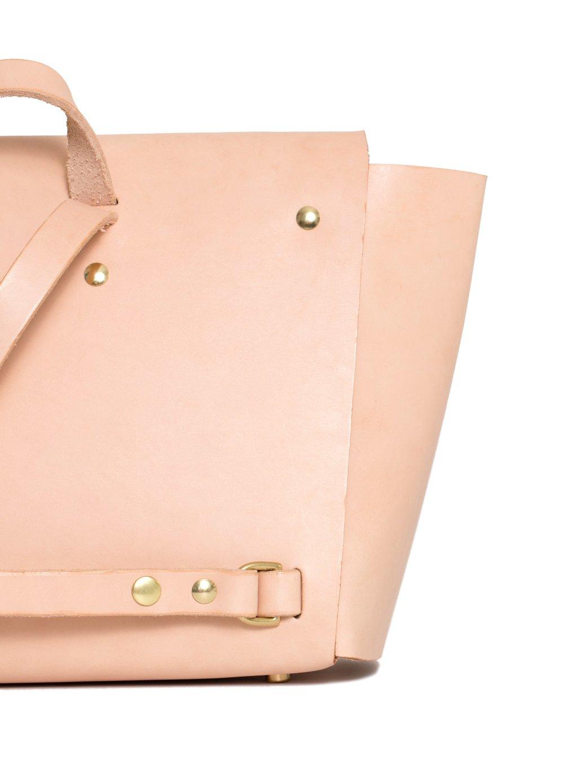product-backpack-natural-detail.jpg