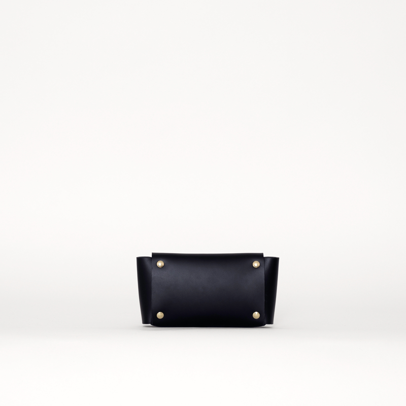 sq-wallet-black-back.jpg
