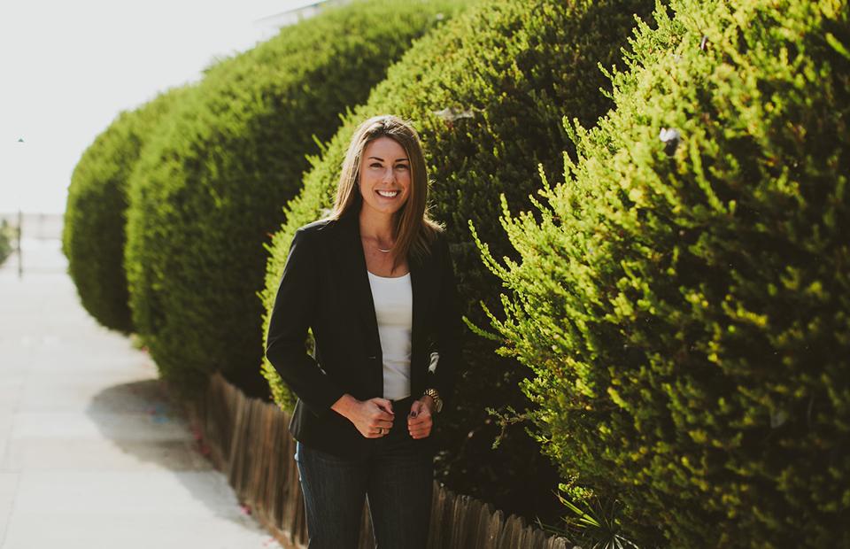 Lauren-McGoodwin-Career-Contessa-Website-for-Millennial-Women-ForWomentoWomen.jpg